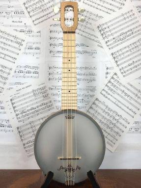 Magic Fluke Firefly M80M Soprano Ukulele Banjo Wood fretboard