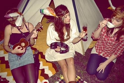 uke_hipster_girls
